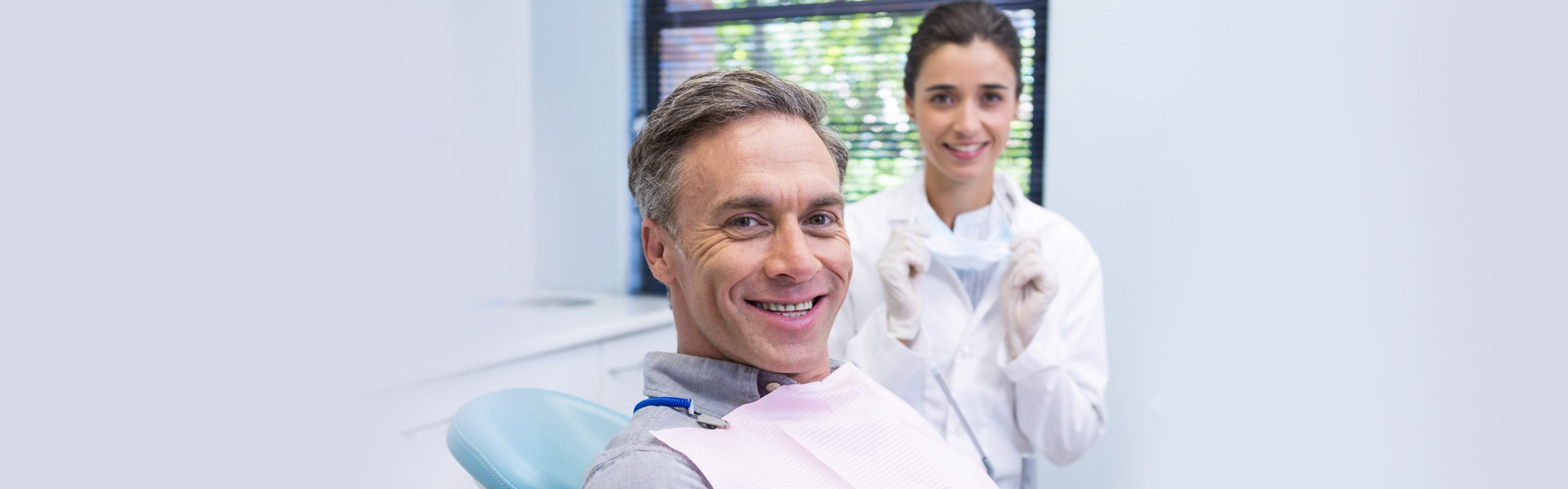 The Top Five Benefits of Having Whiter Teeth